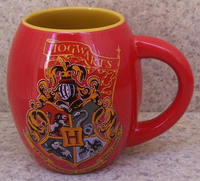 Harry Potter Hogwarts Crest entertainment coffee mug thumbnail